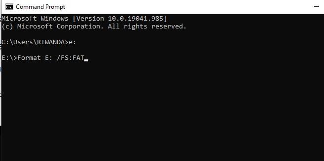 Menggunakan Menu CMD untuk Flashdisk Tidak Terbaca